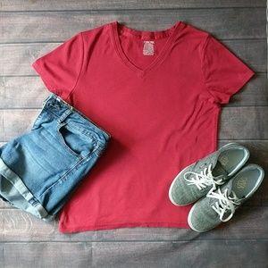 ✨ 3/$10 ✨ Cherokee   Red V Neck T Shirt